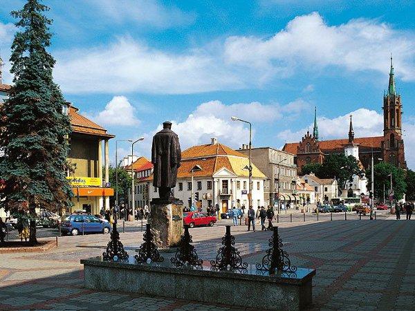 Bialystok - pomnik-Piłsudskiego