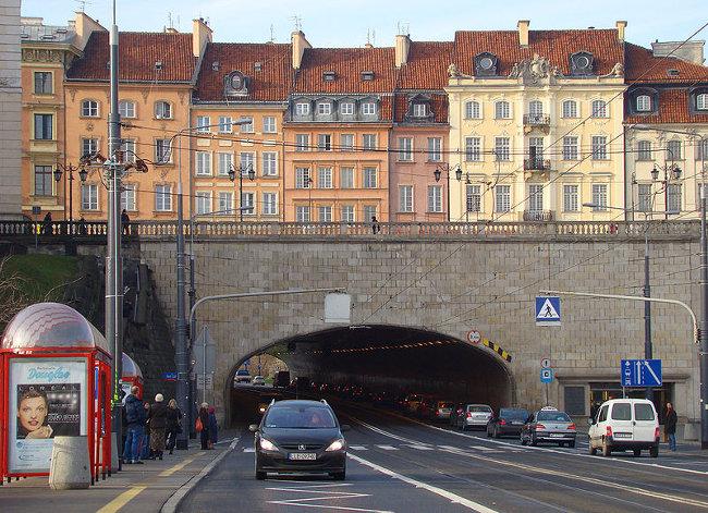 Tunel pod Placem Zamkowym